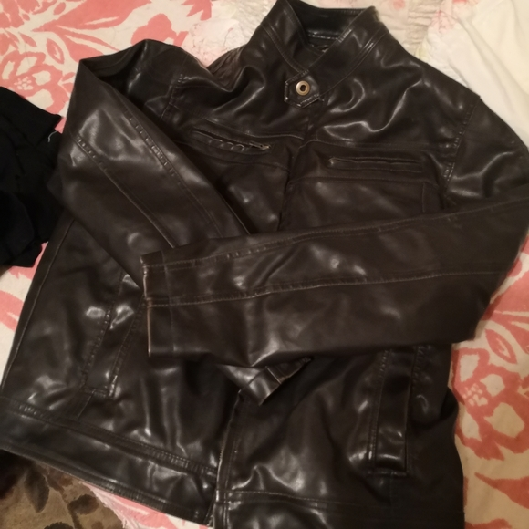 Sonoma Other - Sonom leather jacket large men's Sherpa lined